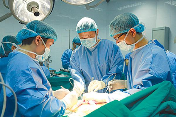 Lạ lùng người hiến tạng phải trả chi phí xét nghiệm