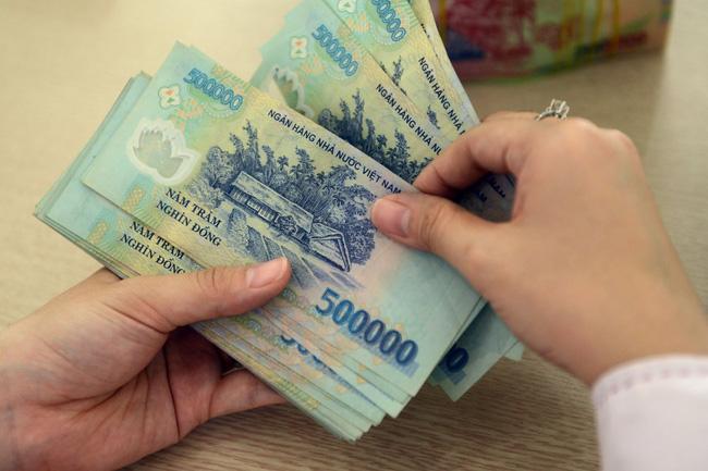 Thông tin cơ bản về tiền lương, thưởng của người lao động